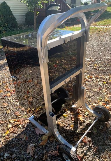 Picture of blower cart box